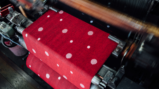 久保かすり織物|機織り(手織り・機械織り)